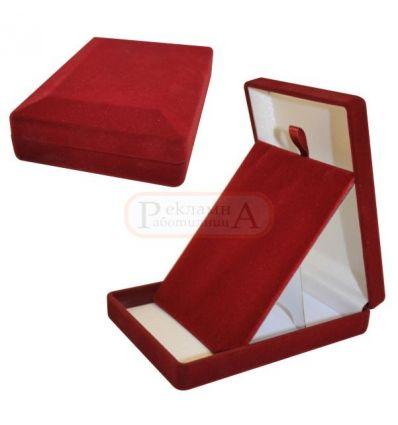 плюшена кутия за висулка, огърлица, синджирче