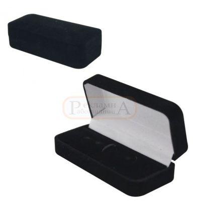 плюшена кутия за игла за вратовръзка