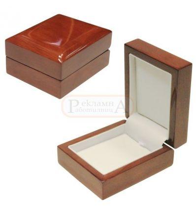 Кутия за бижута от дърво RD 15120 Ch