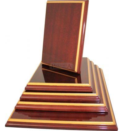 Дървен плакет WRSG