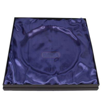 Кутия за плакет H275